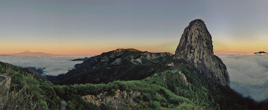 Roque Agando y El Teide, La Gomera