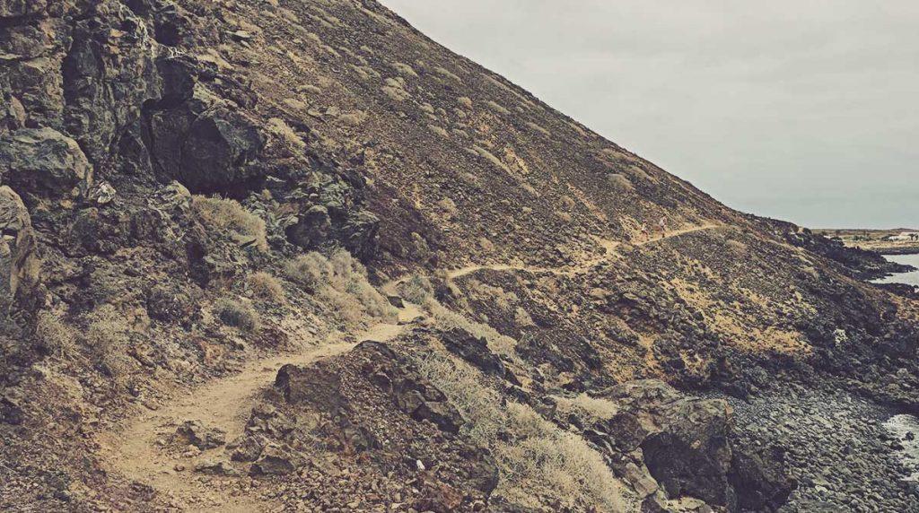 Sendero-Playa-del-Conejo-La-Graciosa