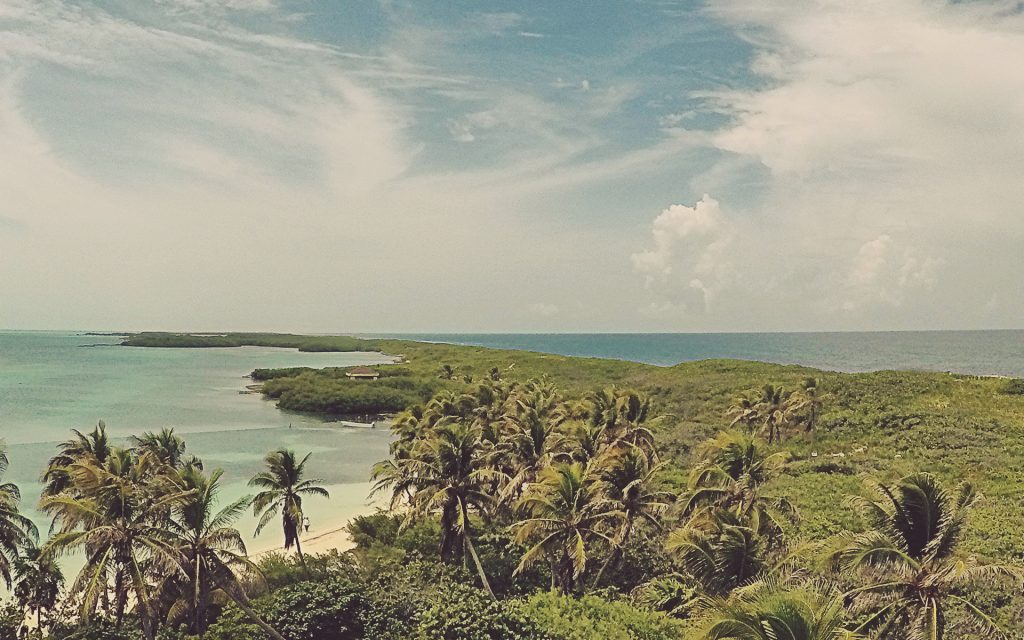 Vistas desde el mirador de Isla Contoy, Riviera Maya.