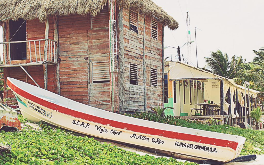 Barca en Punta Allen (Sian Ka'an). Riviera Maya