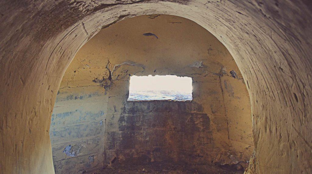 Interior-bunker