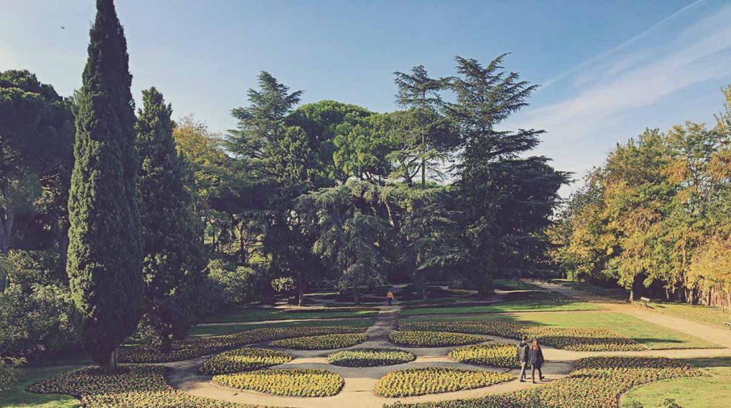 Jardín-de-Flores-El-Capricho