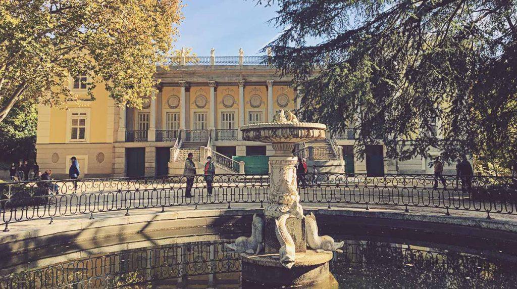 Palacio-de-los-Duques-de-Osuna-El-Capricho